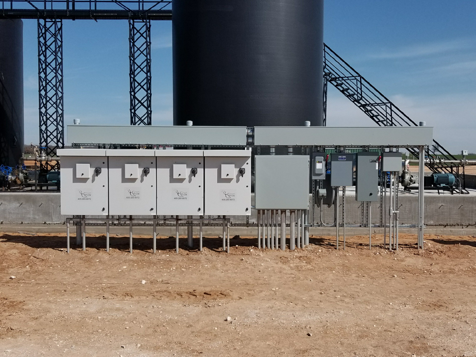 Custom PLC and Drive Panels at SWD Oil Field Site in Oklahoma Plow Technologies Water Transfer Drive